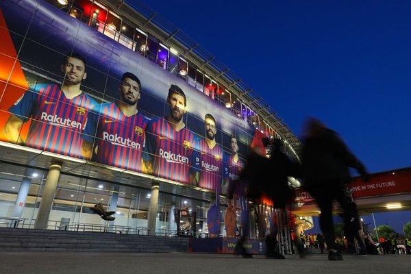 Así luce el Camp Nou, a una hora y media de que dé inicio el Clásico entre el Barcelona y el Madrid FOTO: TWITTER