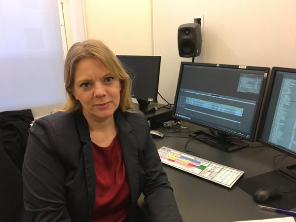 SVT:s reporter Jenny Widell har undersökt kontorsmiljöer. Vad stör vi oss på? Vilka hamnar oftare i konflikter? Var bråkas det minst? Dela med dig av dina erfarenheter - hur ser det ut på din arbetsplats? Berätta och skicka gärna bilder.