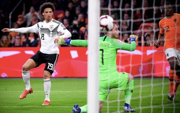 Il momento del gol di Sané (foto Ansa)