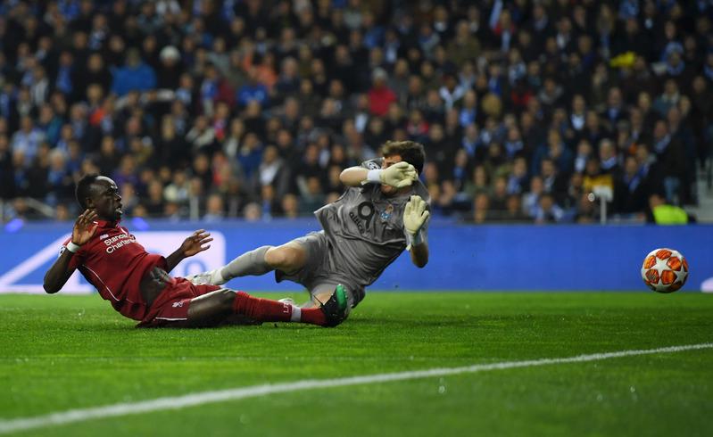 Mané aprovechó un centro al segundo palo de Salah en una jugada un tanto embarullada y poner el 0-1.