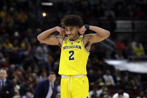 the best attitude 2e9d6 39cc9 Michigan basketball  Twitter updates ...