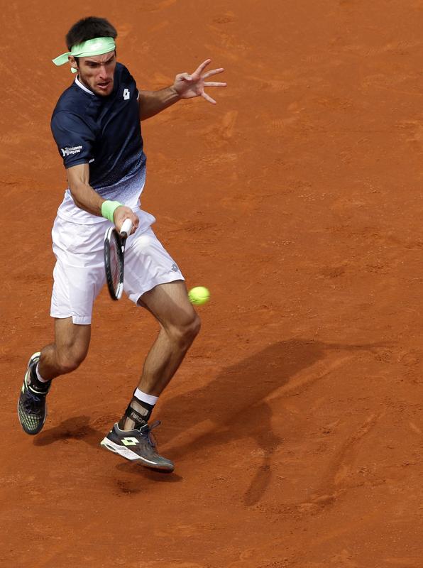 Leo Mayer ha salvado una bola de set y sigue dando guerra a Nadal (AP)