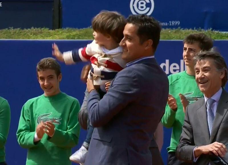 Almagro, homenajeado en la pista Rafa Nadal