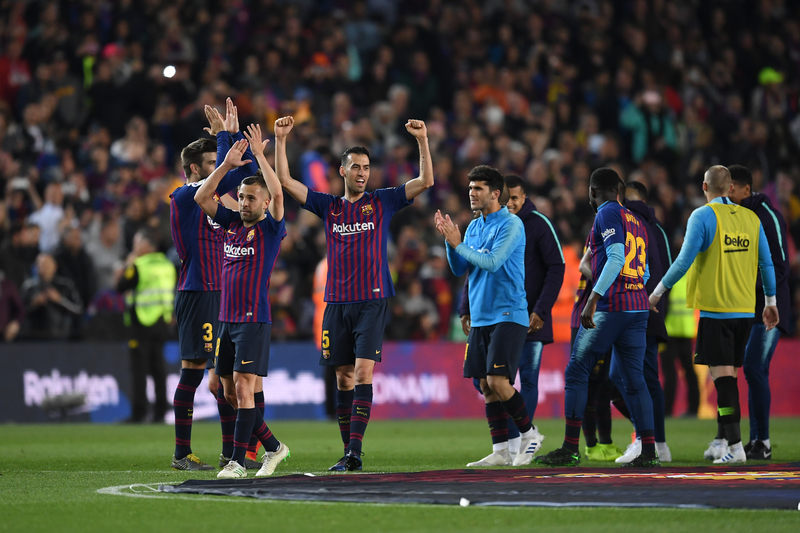 Busquets celebrando el título de Liga