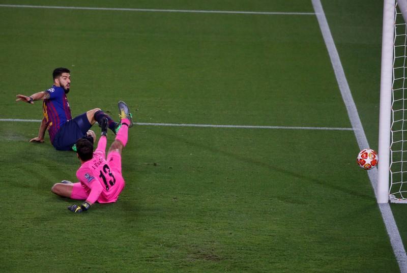 Foto  del gol de Luis Suárez de Pep Morata (Mundo Deportivo)