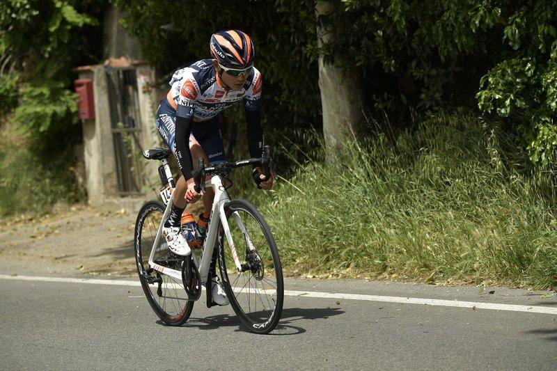 Hatsuyama es el único escapado de la etapa de hoy en el Giro