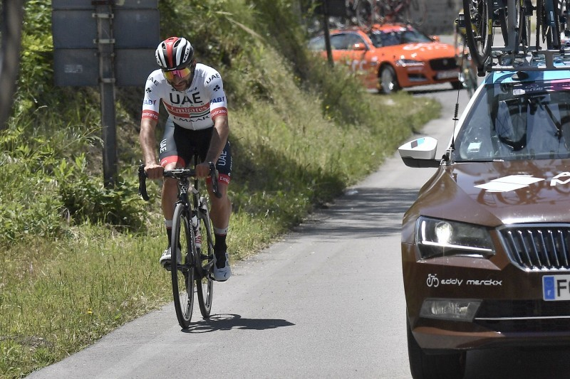 FERNANDO GAVÍRIA (UAE) abandona el Giro 2019