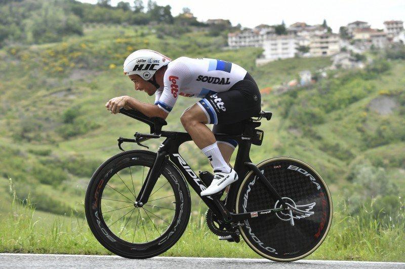 VICTOR CAMPENAERTS (Lotto Soudal) ha completado el recorrido con una media de 40 km/h