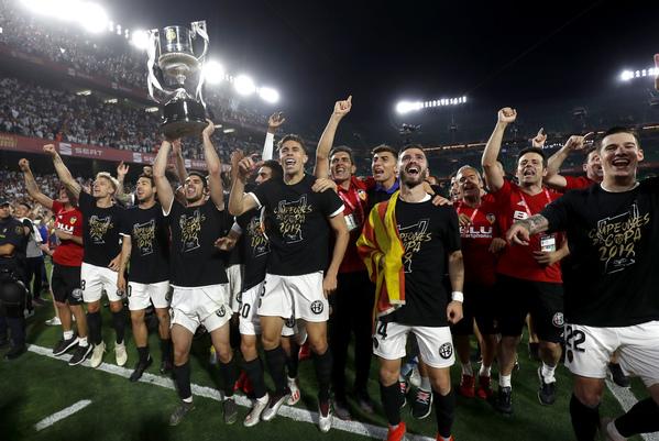 Los jugadores del Valencia, celebrando