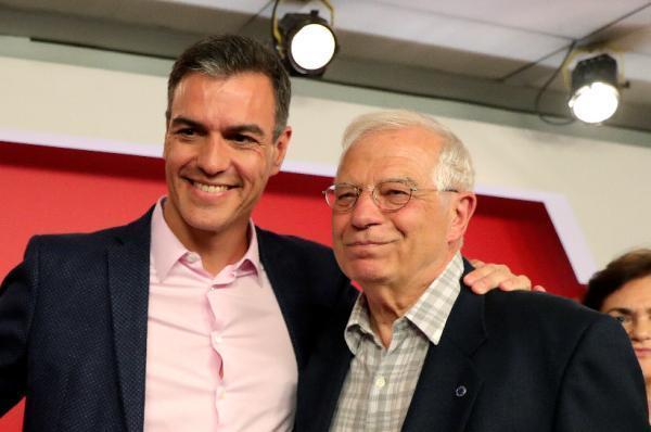El PSOE ha ganado las elecciones europeas, al obtener 20 de los 54 escaños en liza, seguido del PP, que obtiene 12, en una cita en la que también logran escaño en el Parlamento europeo los líderes de Junts, Carles Puigdemont, y de Ahora Repúblicas, Oriol Junqueras EFE/Juanjo Martín