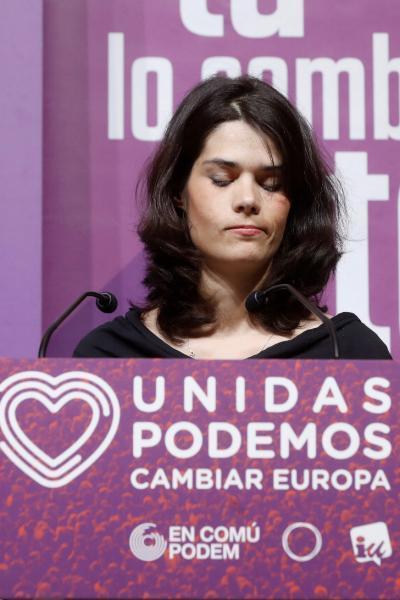 La candidata de Podemos a la Comunidad de Madrid, Isa Serra, comparece en el Teatro Goya de Madrid donde Unidas Podemos realiza el seguimiento de la noche electoral. EFE/Juan Carlos Hidalgo