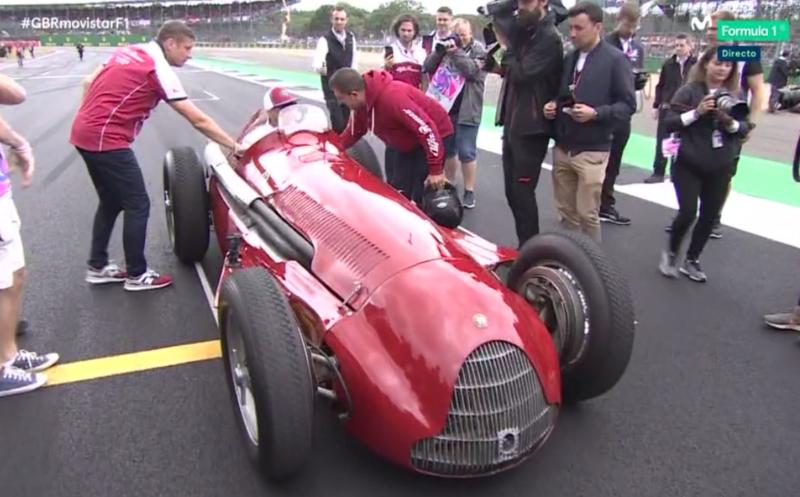 Y Kimi, el primero al llegar al volante de un Alfa Romeo 158