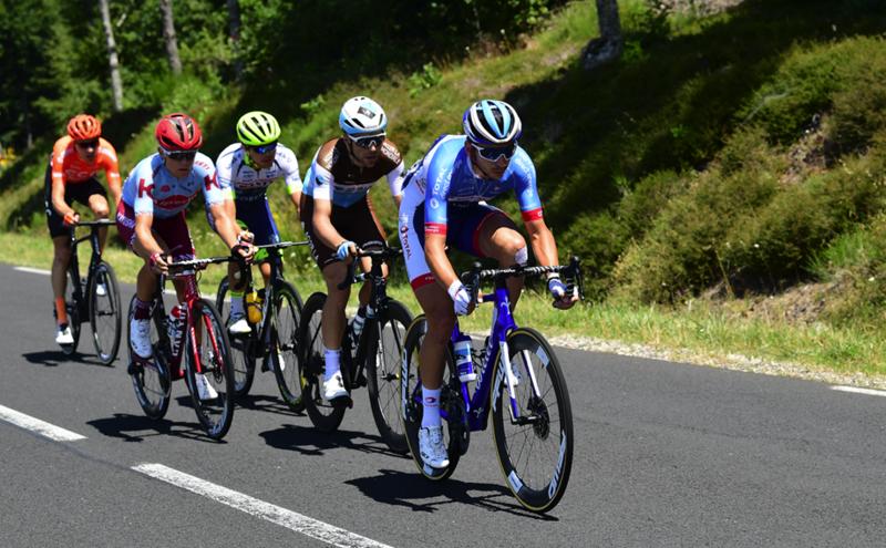 Los escapados del día en el Tour de Francia, con Anthony Turgis al frente del grupo