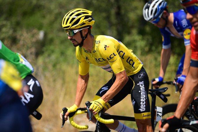 JULIAN ALAPHILIPPE (Deceuninck-Quick Step) lleva el maillot amarillo del Tour por 11ª vez