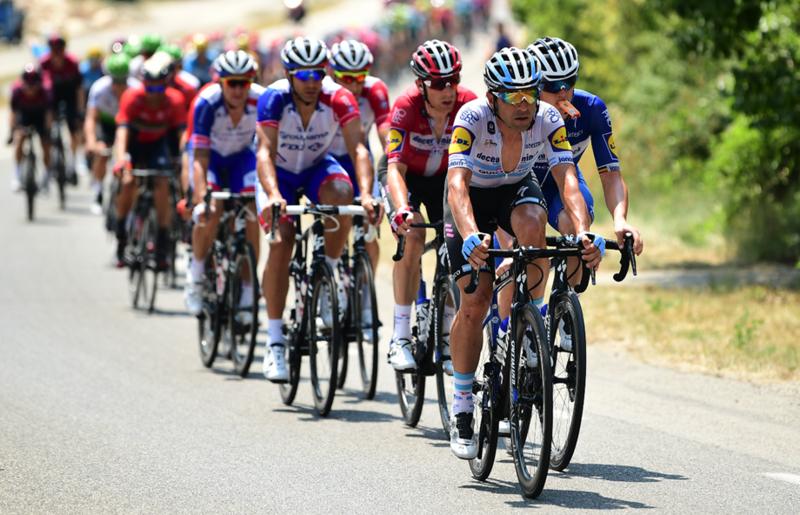 RICHEZE trabaja hoy al frente del pelotón del Tour de Francia