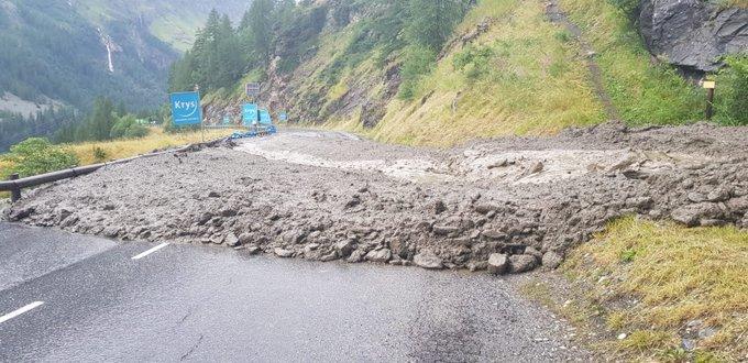Imagen de la carretera tras la tormenta