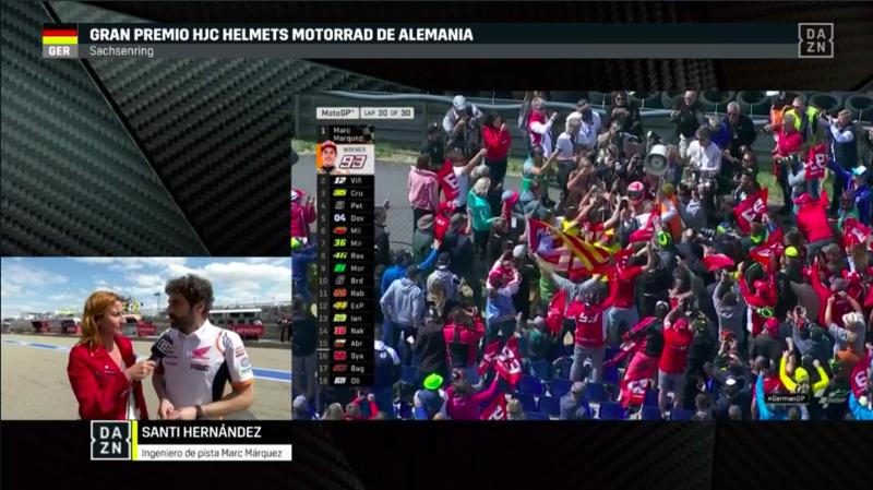 Márquez celebrando la victoria.