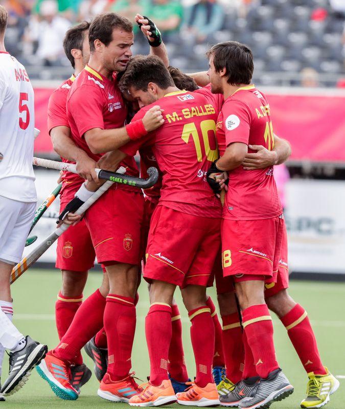 España celebrando uno de los goles