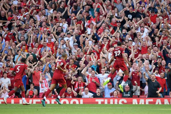 Una cartolina da Anfield