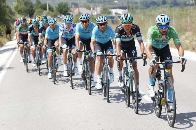 DARIO CATALDO (Astana), uno de los corredores que hoy tira del pelotón de la Vuelta a España