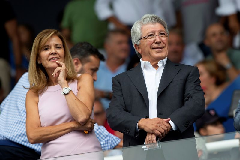Y también entre ambos presidentes, Victoria Pavón y Enrique Cerezo.