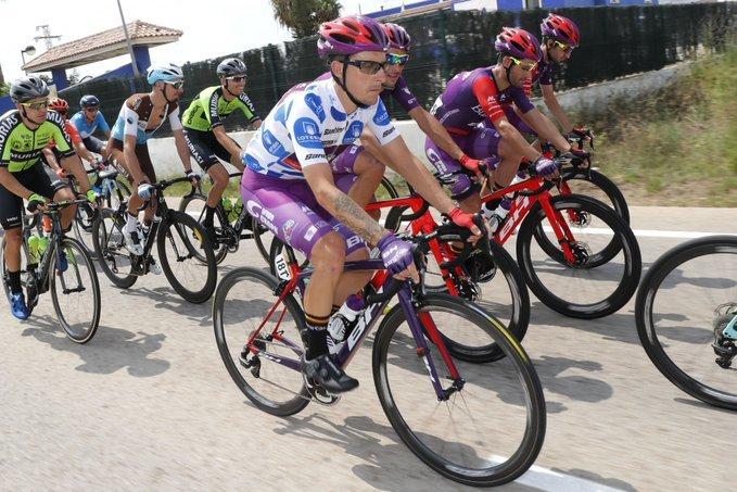 ÁNGEL MADRAZO (Burgos-BH) coge puntos para la montaña por cuarto día consecutivo en la Vuelta