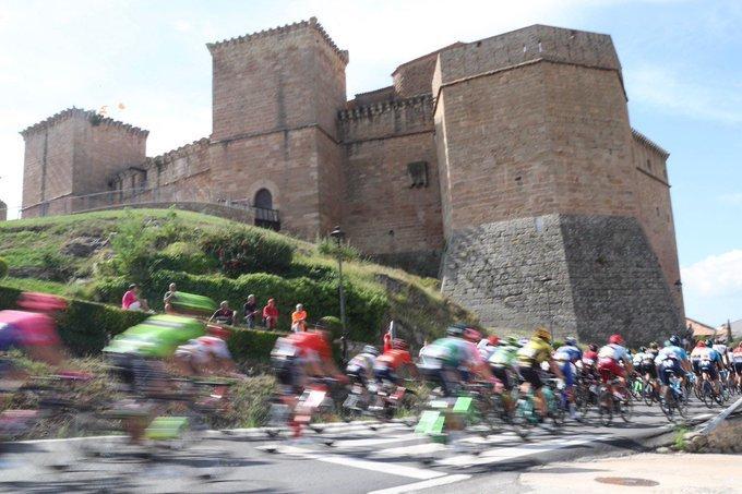 Inicio de etapa muy rápido hoy en la Vuelta a España