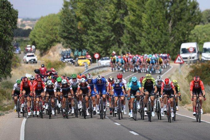 La gran batalla de la Vuelta a España se puede vivir en una etapa sin puertos de montaña