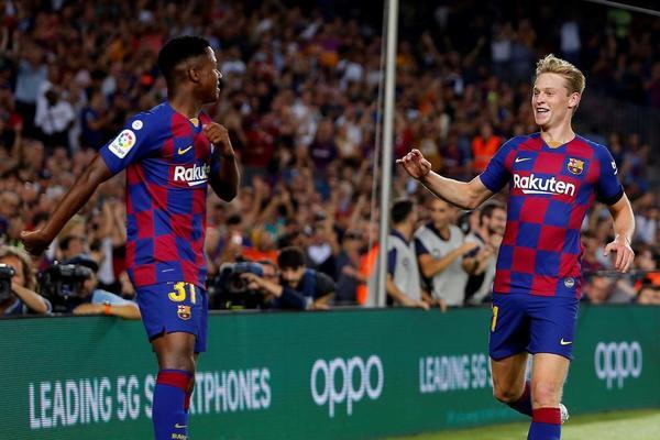Ansu Fati y De Jong, los dos goleadores del Barça en la primera parte FOTO: EFE