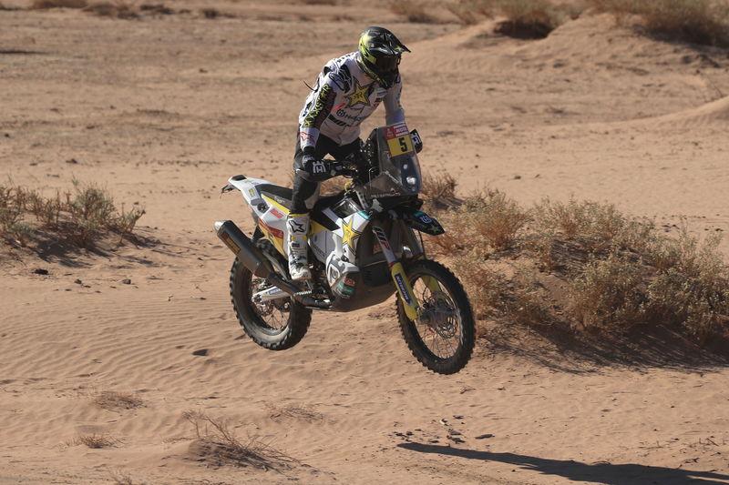 Pablo Quintanilla va a ganar la novena etapa del Dakar (EFE)