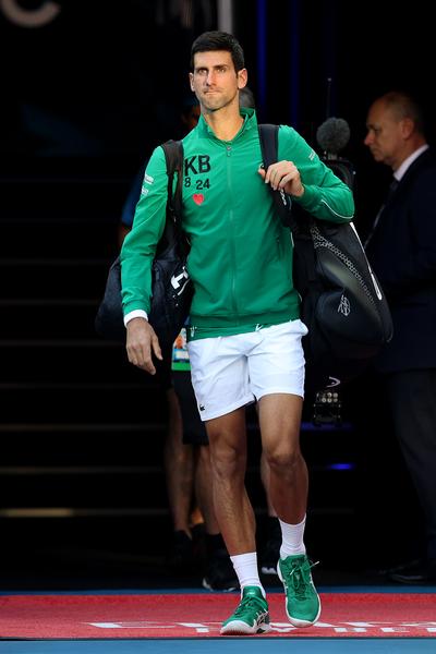 Djokovic è sceso in campo ancora una volta con la felpa personalizzata in onore dell'amico Kobe Bryant (Getty)
