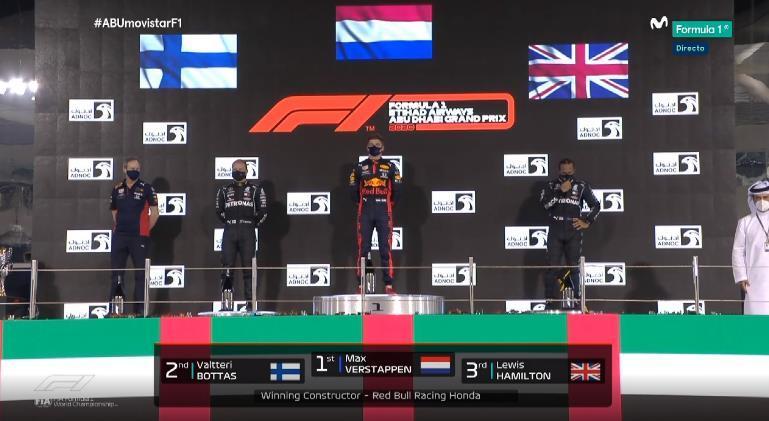 Verstappen, Bottas, Hamilton: el último podio del año.