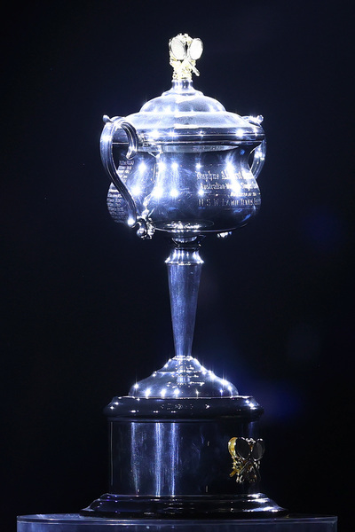 La Daphne Akhurst Memorial Cup, el trofeo para la campeona FOTO: GETTY