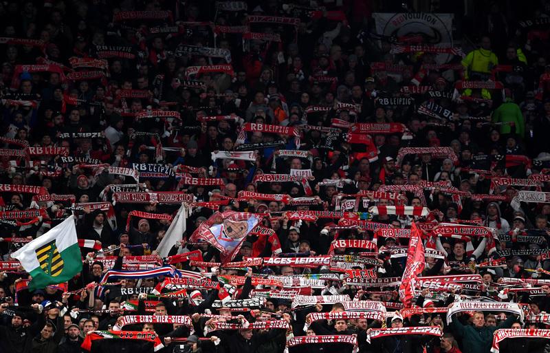 La afición del Leipzig está disfrutando con el juego de su equipo