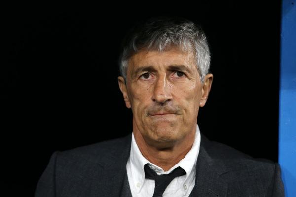 Quique Setién, técnico del FC Barcelona, debuta ante el Nápoles en la Champions FOTO: GETTY