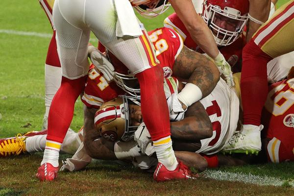 Il touchdown di Mostert (Getty)