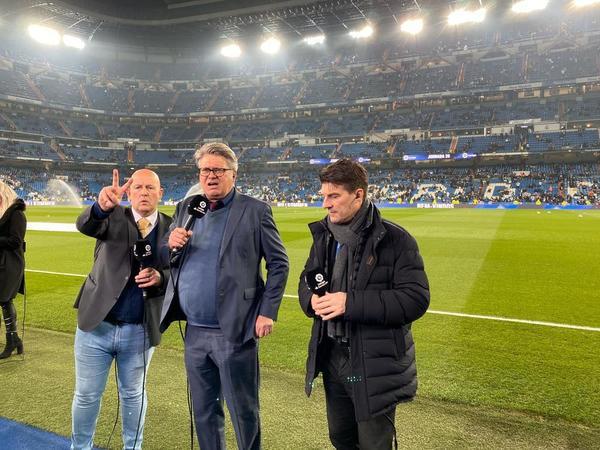 Michael Laudrup, ex jugador del FC Barcelona y Real Madrid, está como comentarista del Clásico en el Santiago Bernabéu para una cadena de televisión FOTO: PERE PUNTÍ