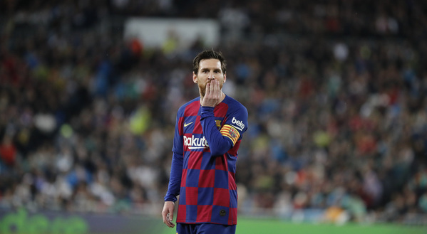 Leo Messi, después de la derrota ante el Real Madrid en el Bernabéu FOTO: J.A. SIRVENT
