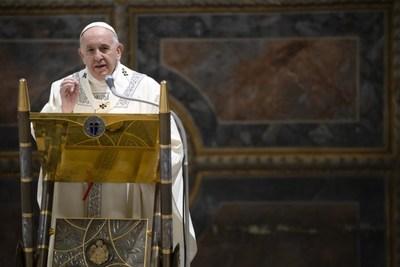 Paus geeft voor het eerst bestuursfunctie in Vaticaan aan vrouw