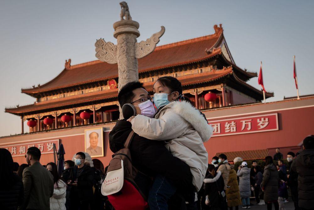 Chiến dịch đưa tin giả của chính quyền Trung Quốc nhằm đánh lạc hướng chú ý của dư luận khỏi việc che giấu dịch bệnh của họ.