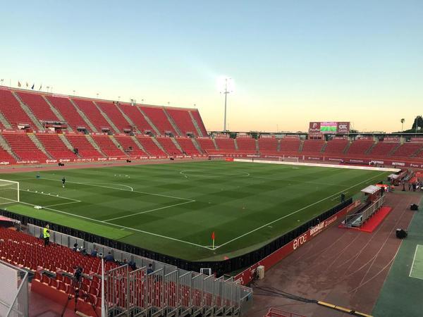 Así está el Mallorca Visit Stadium, a menos de una hora para que dé inicio el partido entre el Mallorca y el FC Barcelona FOTO: MANEL MONTILLA