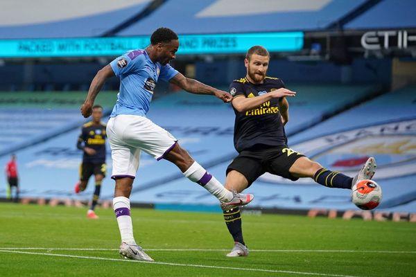 Manchester City 3 - 0 Arsenal LIVE