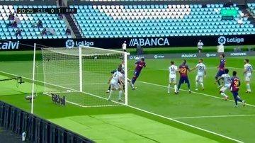 Y el gol de Suárez. Messi no tiró y buscó un pase inteligente