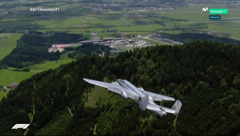 Las imágenes que nos brinda la F1 en el entorno del Red Bull Ring, espectaculares coo siempre. Hoy, un espectáculo aéreo.