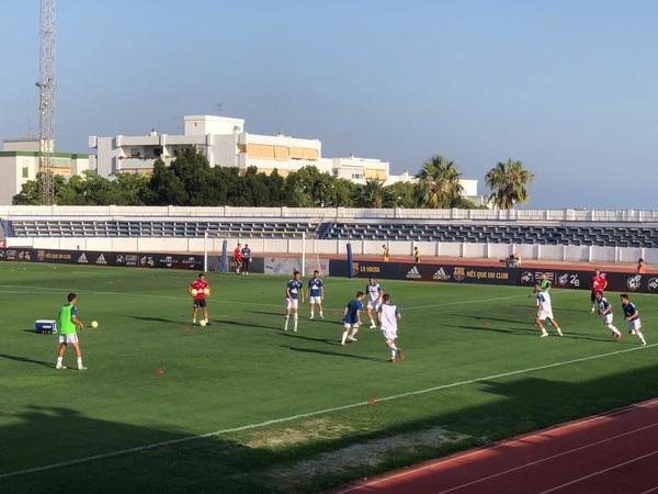 Los futbolistas del Sabadell preparan el choque ante el Barça B FOTO: MANEL MONTILLA