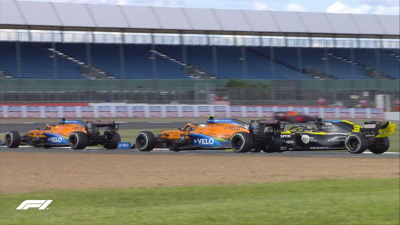 La batalla entre Ricciardo y los McLaren