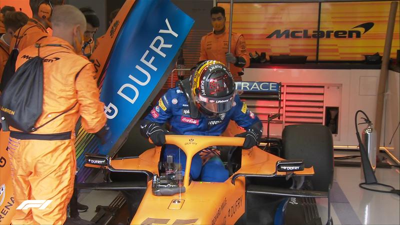 El instante en que Sainz se ha bajado de su monoplaza con el escape roto (@F1)