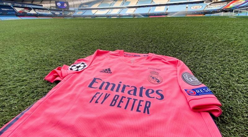 Segunda equipación del Real Madrid