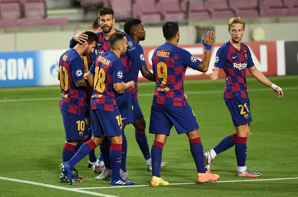 Celebración de los jugadores del Barça tras el 2-0 de Messi FOTO: GETTY