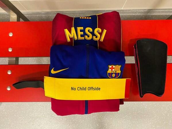 Leo Messi saldrá con un brazalete especial en favor de los niños desfavorecidos.